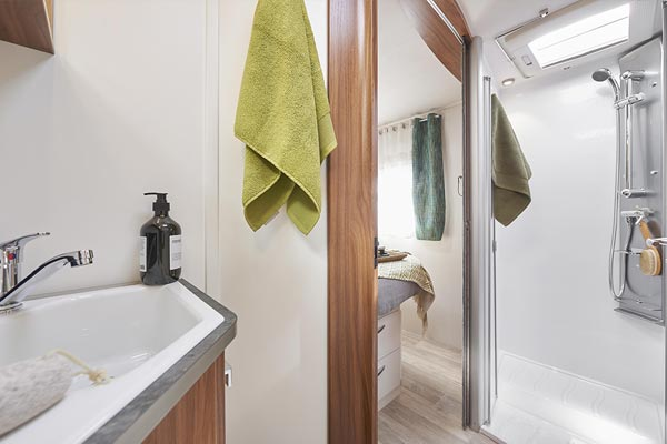 P740C Sensation Bathroom